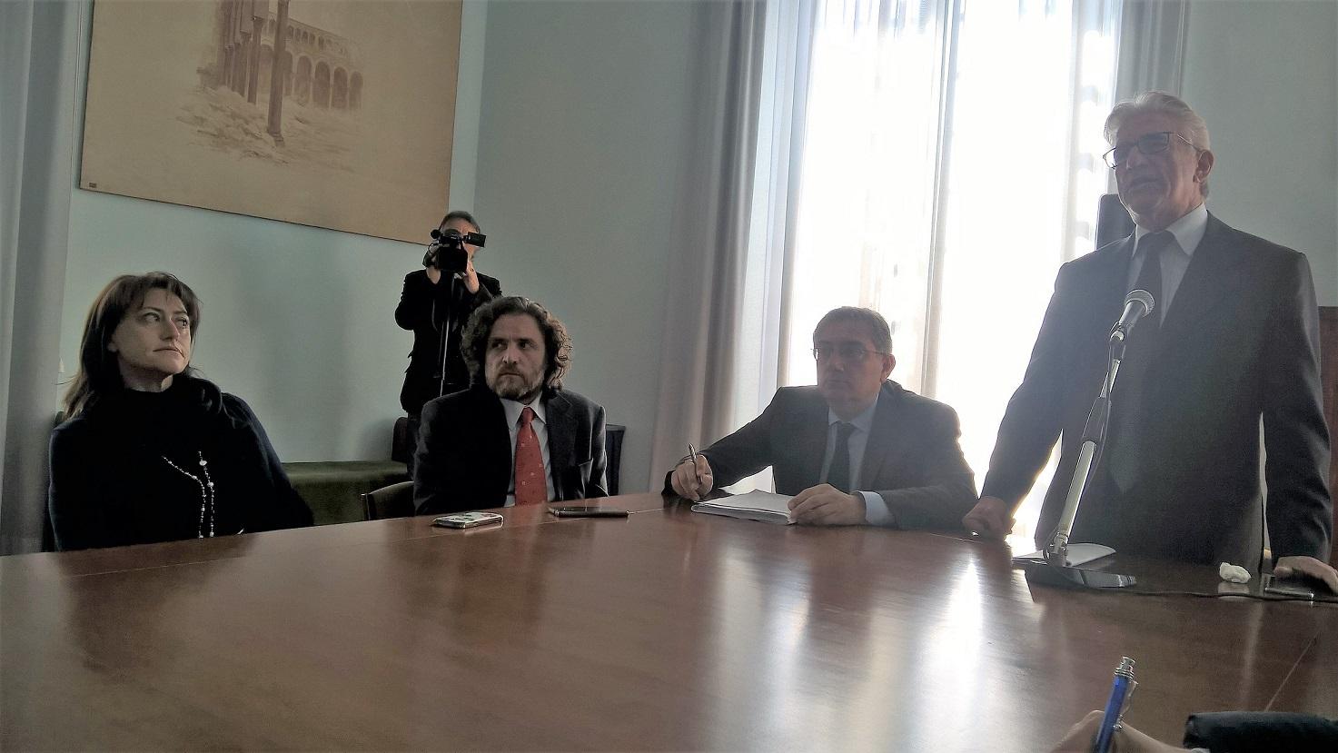 Periferie il comune di salerno pubblica il bando da 1 3 for Denuncia redditi 2017 scadenza