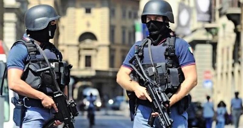 Casa di 10mq covo di islamici: Polizia sequestra permesso di ...