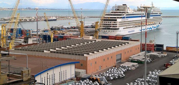 """""""5mila tir a settimana"""": business che a Salerno lascia solo briciole ed enormi disagi. Per  container, merci e Ro-Ro persi migliaia di crocieristi e milioni di euro – VIDEO"""