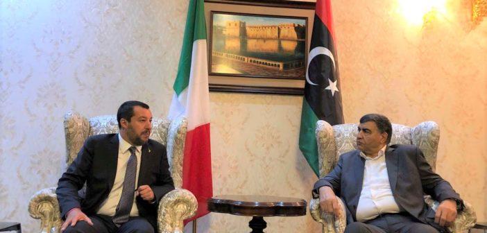 """++ MIGRANTI, SALVINI A TRIPOLI: INTESA CHIUSA CON LA LIBIA: """"DA ITALIA 20 MOTOVEDETTE E EQUIPAGGIAMENTI. CENTRI DI IDENTIFICAZIONE AI CONFINI SUD DEL PAESE"""" ++ 2 VIDEO"""
