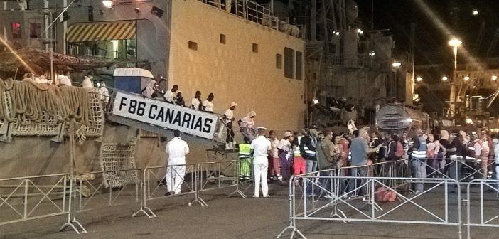 Caso-Diciotti: quando nel 2017 tre navi militari spagnole portarono in Italia 2.144 migranti – VIDEO