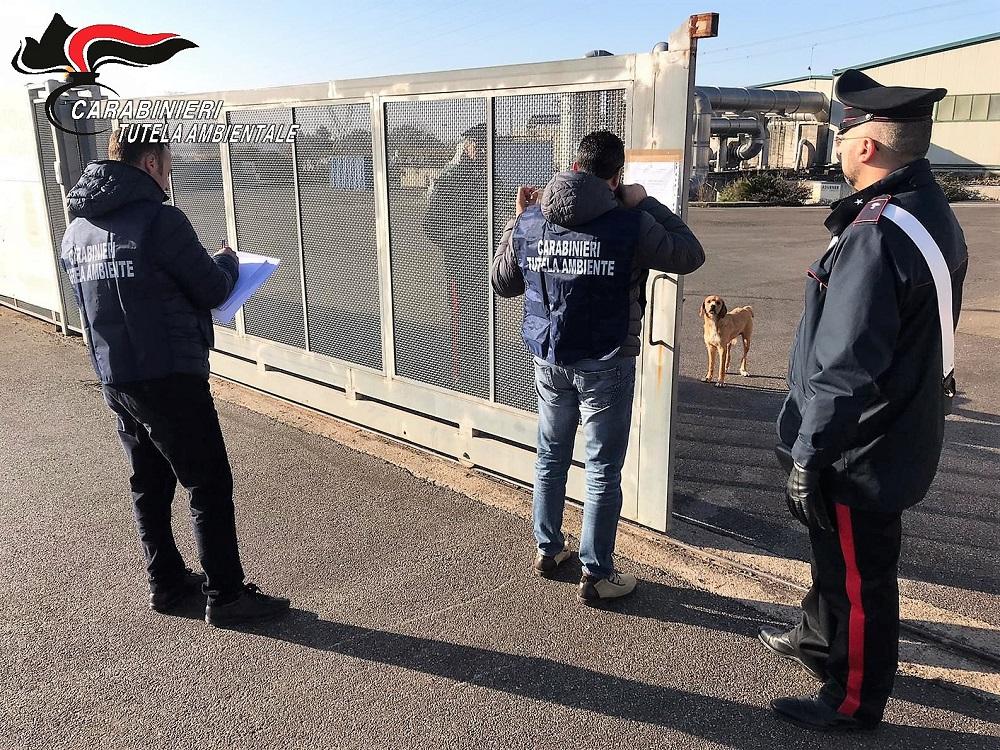 """VIDEO – """"Reati ambientali"""", Finanza e Carabinieri sequestran"""