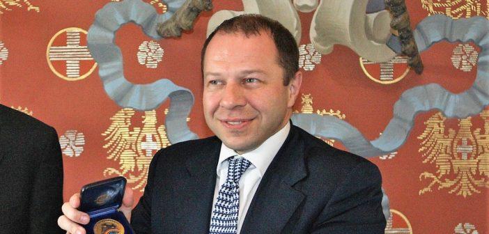 """Corrado Maria Daclon: """"Coronavirus anticipo della crisi globale"""""""